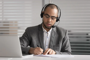 14 Common Customer Service Phrases to Avoid