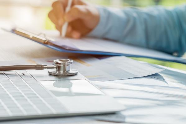 9 Ways Healthcare Marketers Should Utilize Social Media