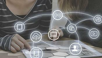 Lead Nurturing Basics: How to Nurture the B2B Buyer's Journey in 5 Steps