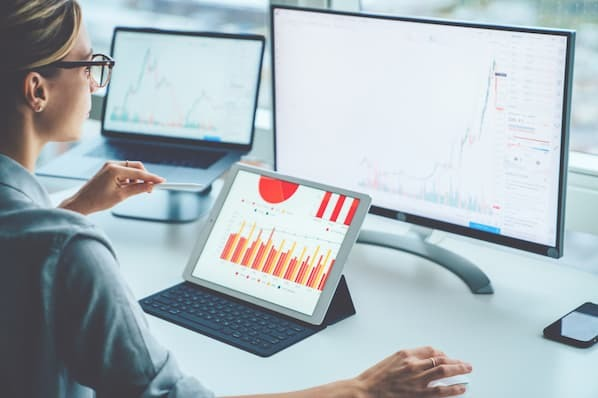 How to Leverage a Customer Data Platform to Enhance Account Based Selling