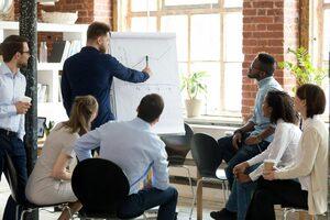 Webinar: How Data Storytelling + Lexio Can Help Rev Ops Leaders Empower Their Teams