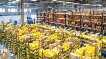 Contract Logistics vs. 3PL: What You Need to Know Before Outsourcing
